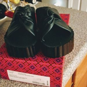 Tory Burch Scalloped Wedges Size 7